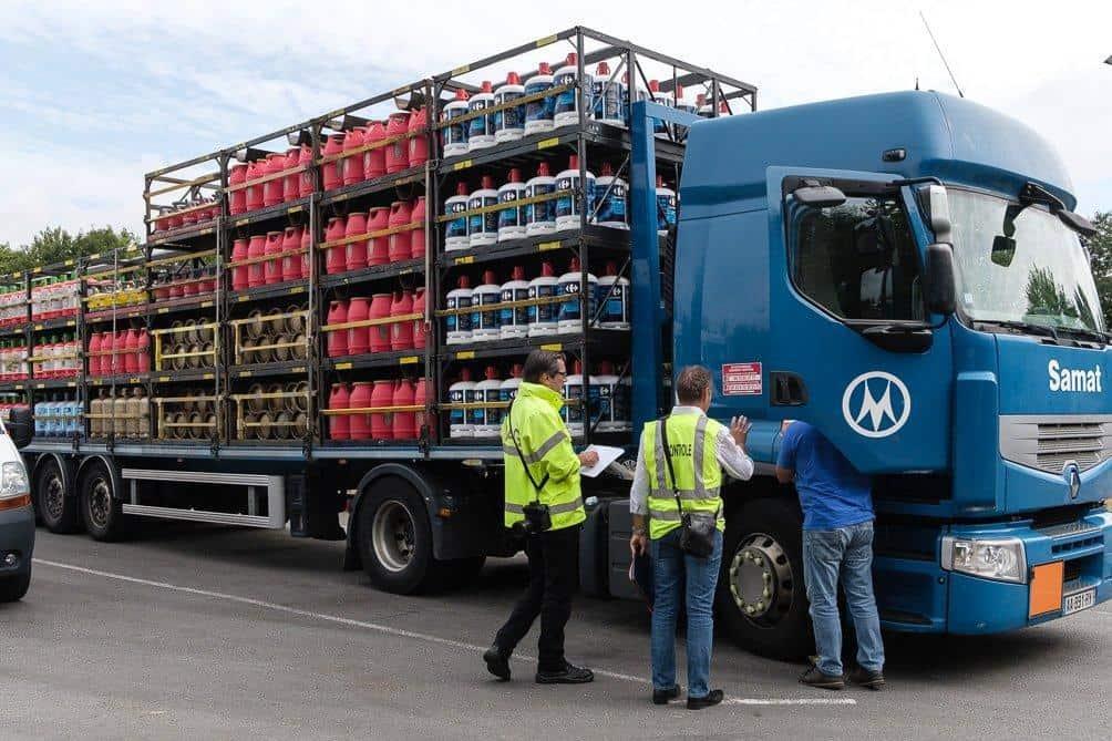 Les contrôleurs des transports terrestres veillent au respect des règles de sécurité et de concurrence pour le transport des marchandises et des voyageurs